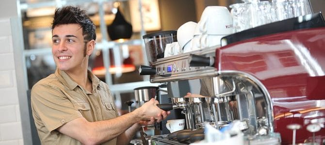 Barista_COSTA_COFFEE-Copy-670x300