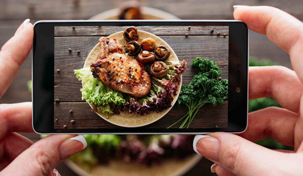 Blog feature image - How food operations data assists your social media campaigns